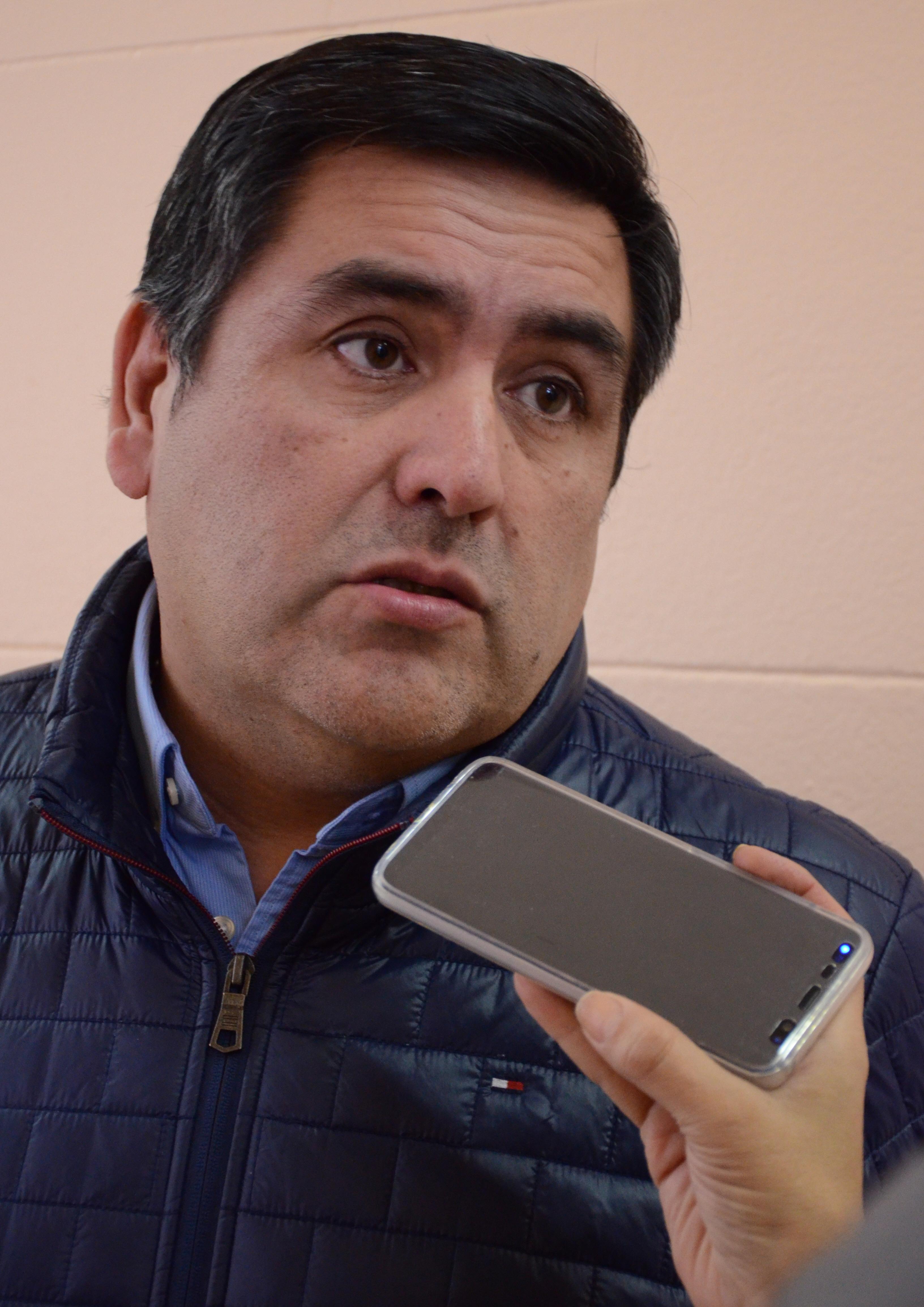 """""""Cerro Vanguardia es la que más gente tiene porque casi todo el personal es local"""", dijo el titular de AOMA, Javier Castro."""