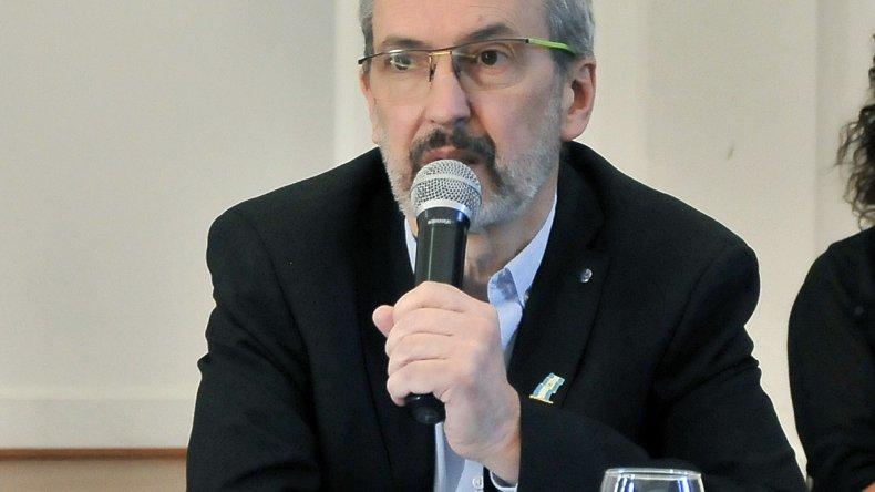Ministro de Salud de Chubut, Fabián Puratich.