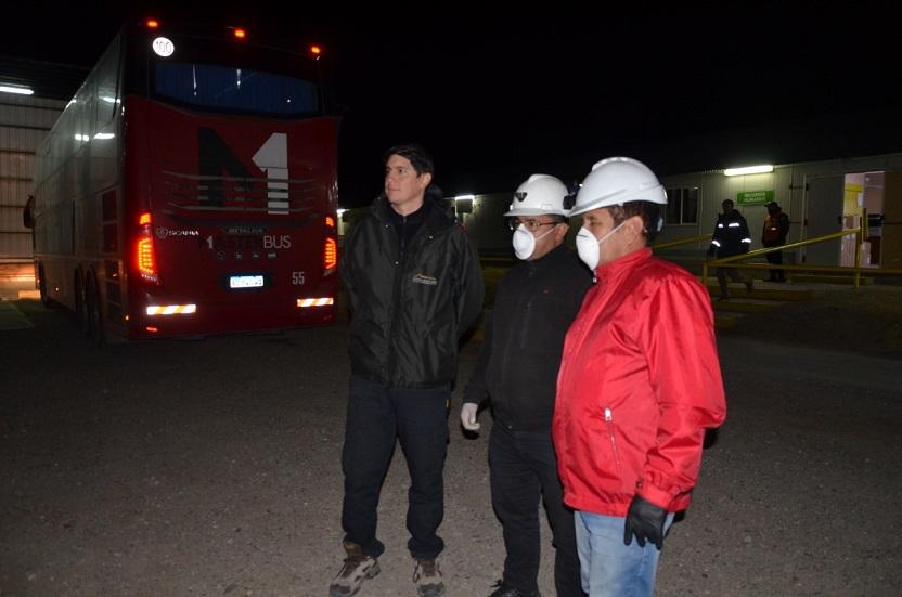 Personal del Gobierno Provincial en la tarea preventiva. FOTO: LOA