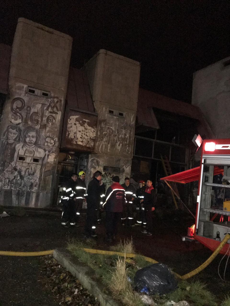 Incendio Perito Moreno y Kirchner. FOTO. José Silva