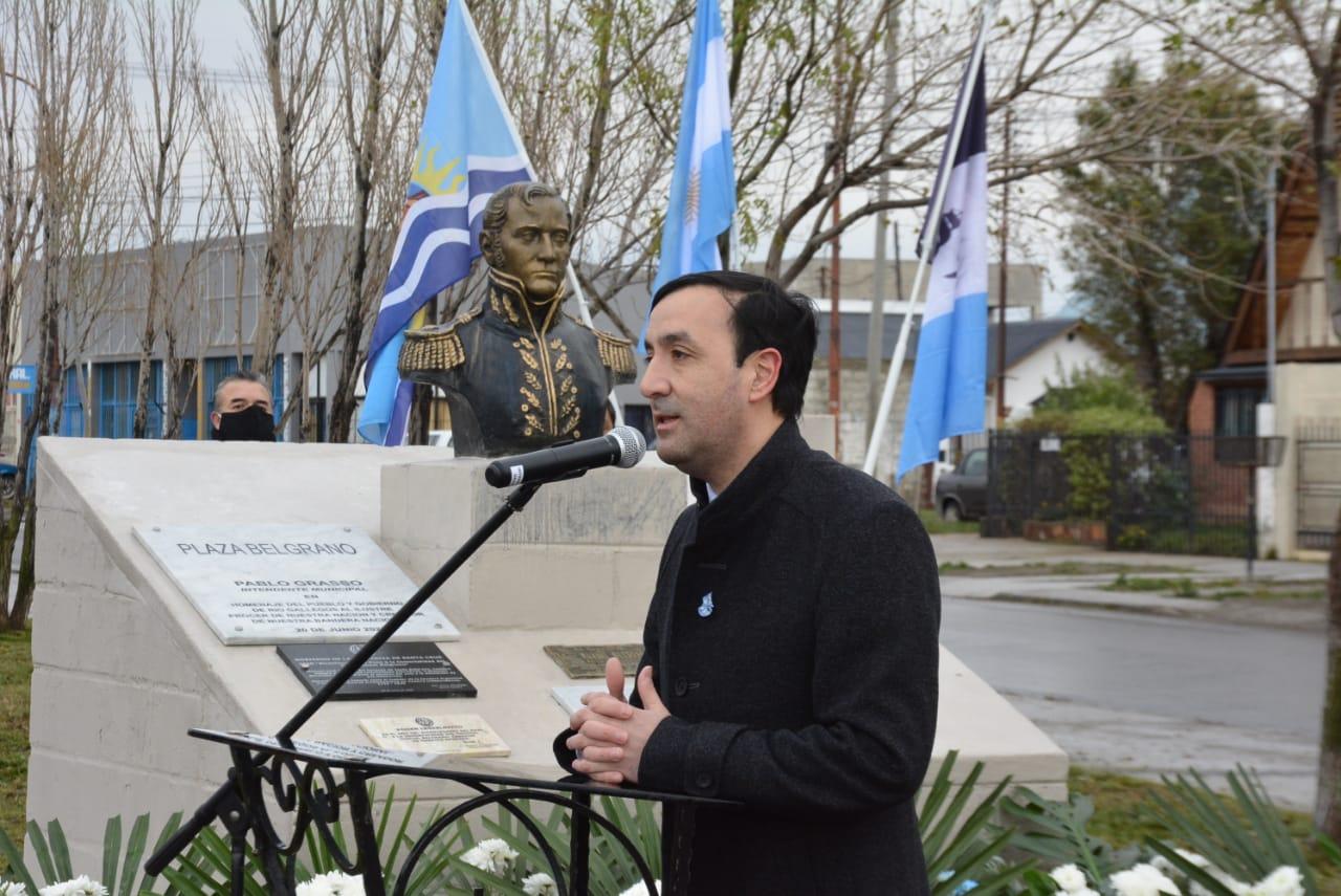 La ceremonia estuvo presidida por el Intendente Pablo Grasso. FOTO: JOSÉ SILVA.