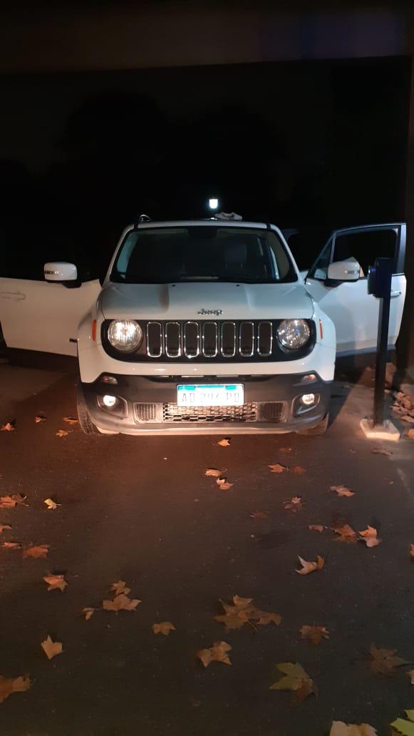 El Jeep Renegade en el que Martínez intentó huir.