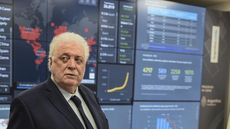 El ministro de Salud de Argentina desde el centro de monitoreo epidemiológico.