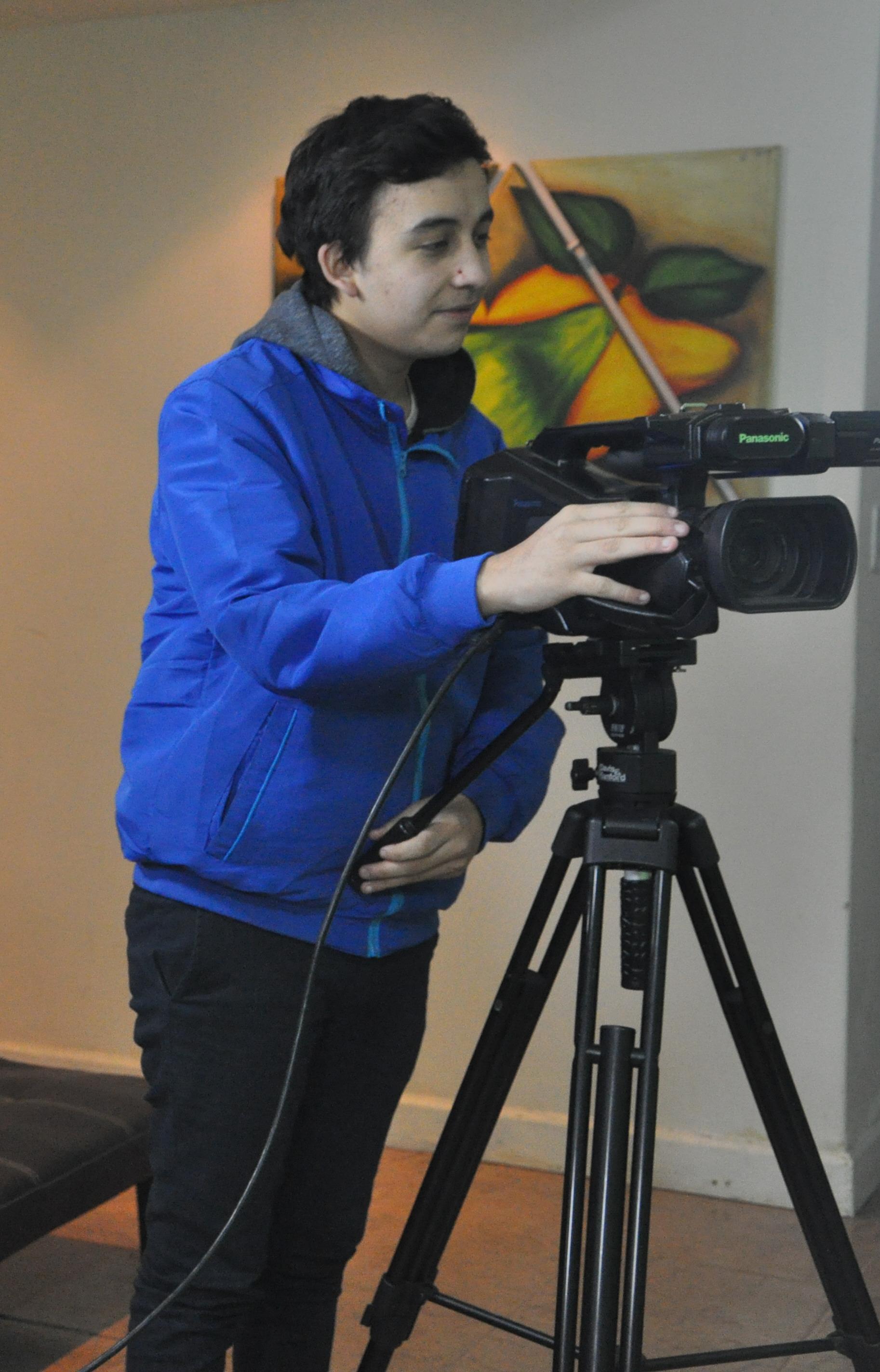 Claudio Soria: camarógrafo.