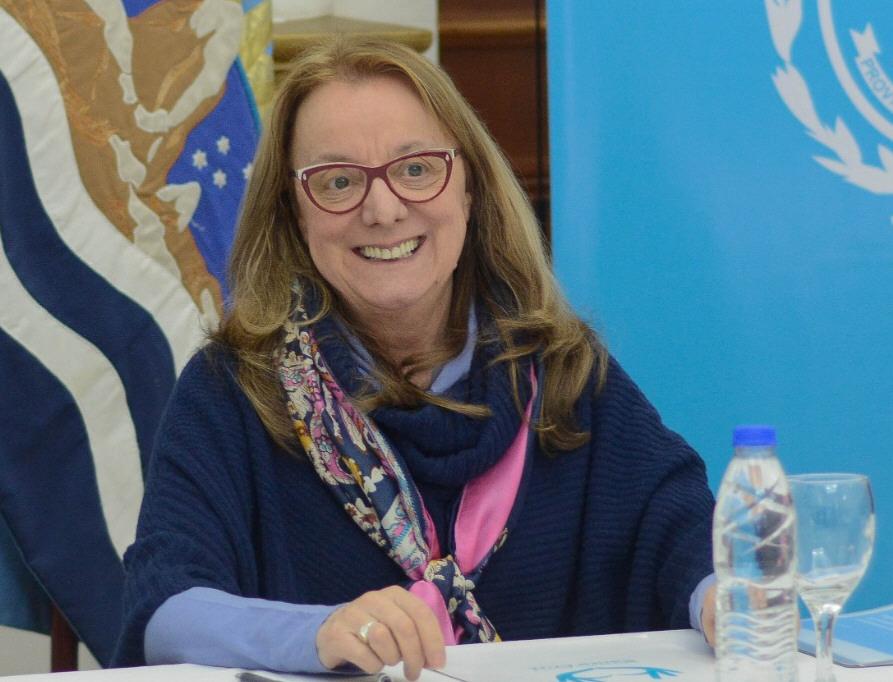 Alicia Kirchner celebró el regreso de YPF a Las Heras.