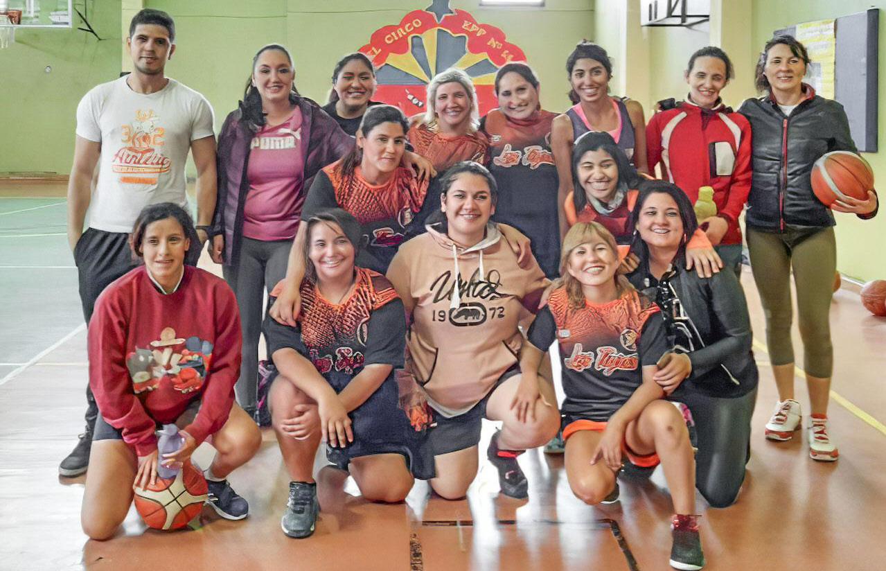 El club tiene espacio para el grupo de Mamis. FOTO: PABLO GERÉZ
