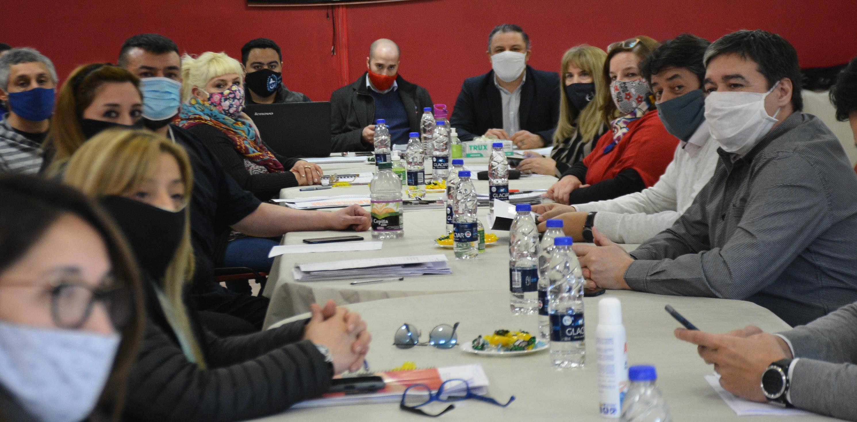 El encuentro se desarrolló en la sede de Fomicruz SE, Río Gallegos. FOTO: JOSÉ SILVA