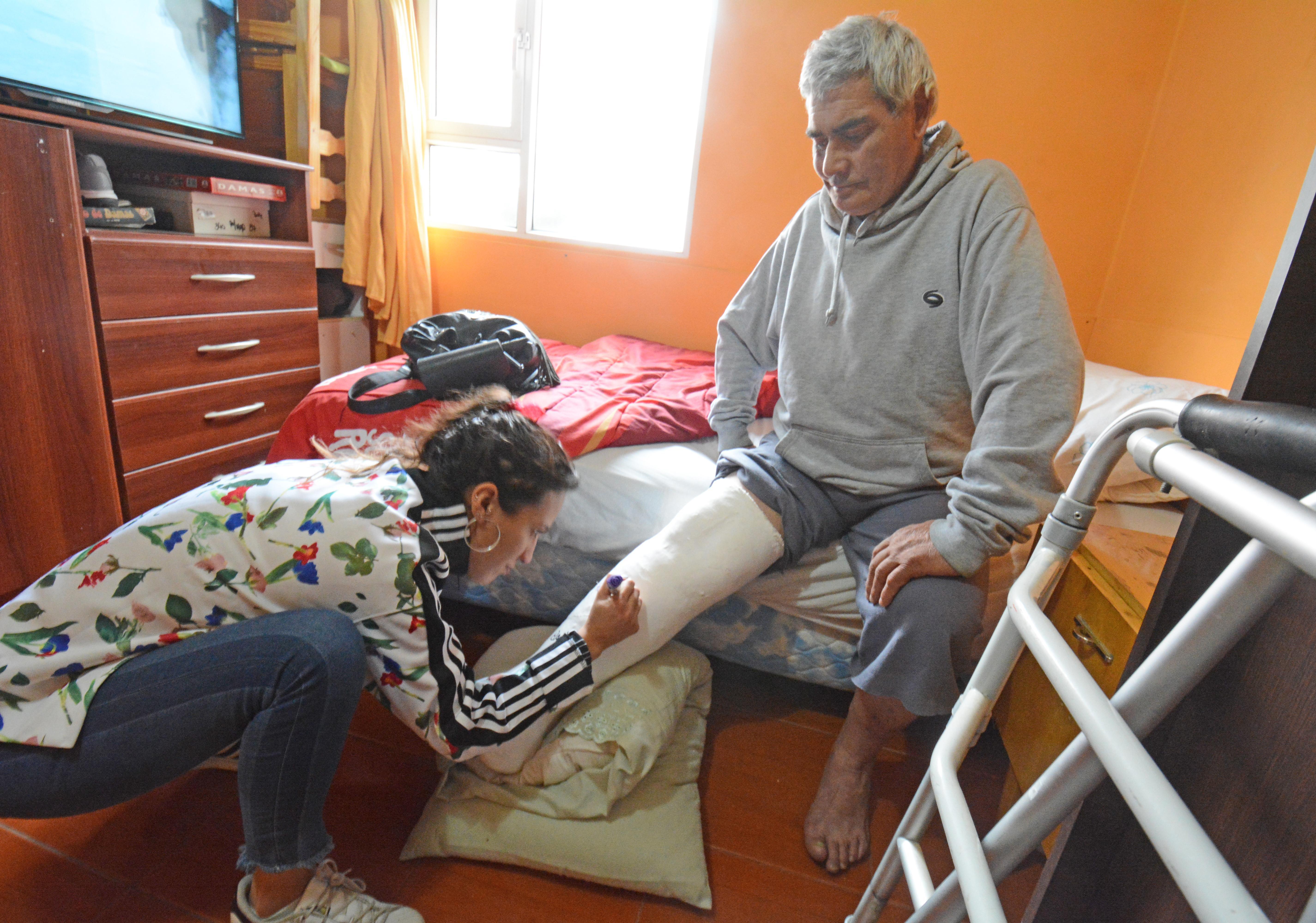 'Maceta' recibió la visita de LOA mientras estuvo haciendo reposo tras su fractura. FOTO ARCHIVO