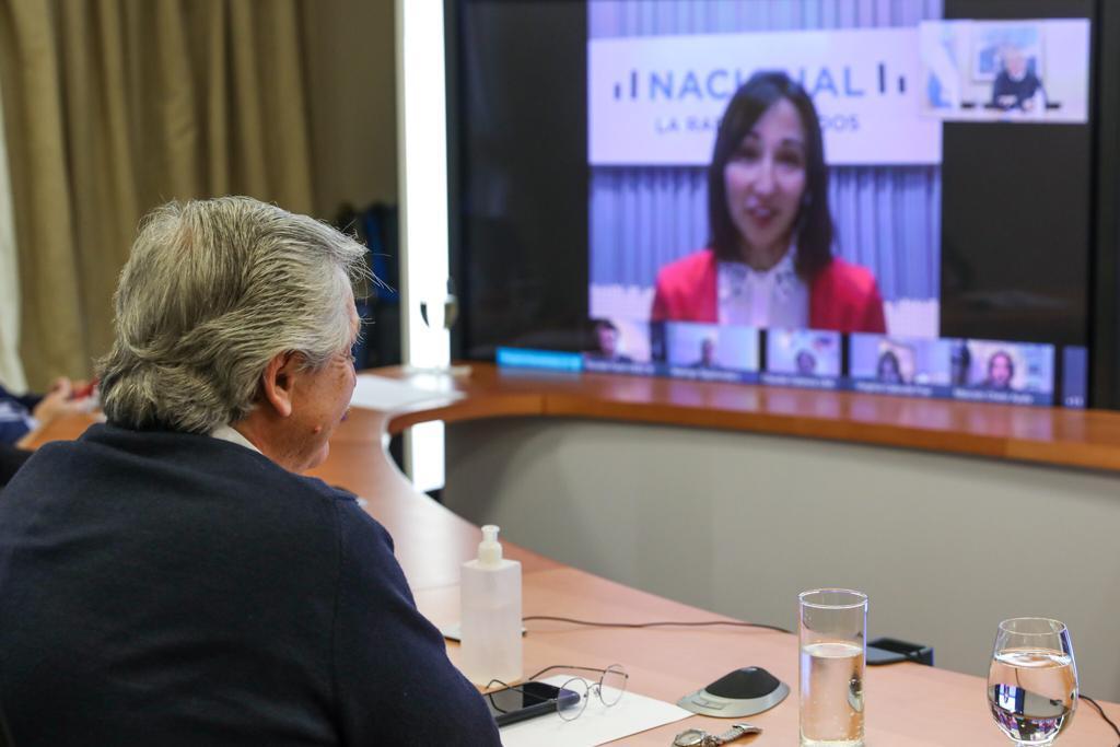 Alberto participó de una entrevista de casi dos horas con periodistas de Radio Nacional de todo el país.