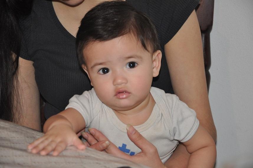 Liam, el pequeño que fue salvado de milagro. FOTO: MIRTA VELÁSQUEZ