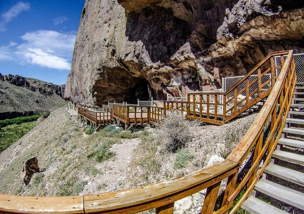 Acceso al Parque Provincial Cueva de las Manos.