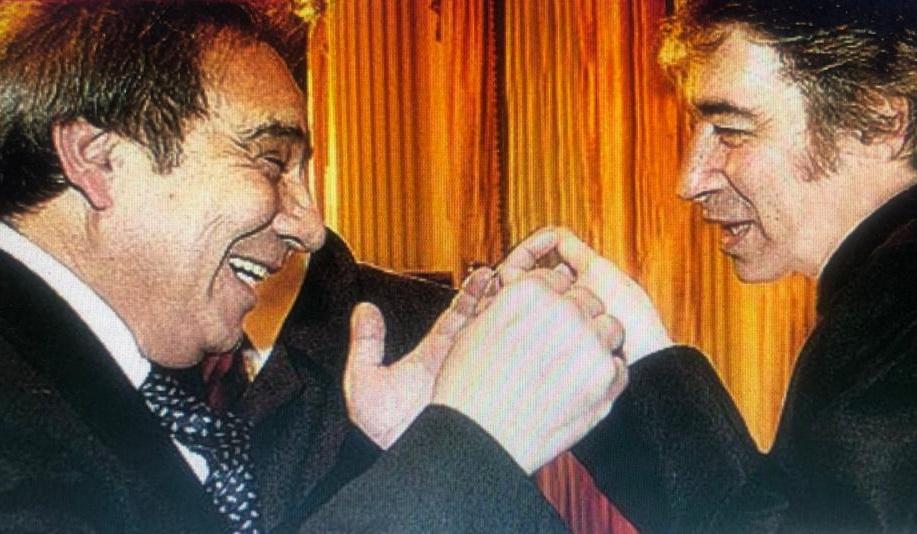 """Julián Mandriotti, el periodista que creó la canción """"Compañeros"""", fuejefe de prensa de Sandro y, además, autor de varios de sus éxitos,como """"Mi amigo el Puma""""."""