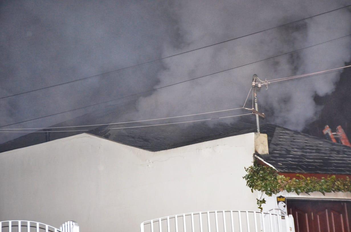 Imágenes del voraz incendio. FOTO. José Silva