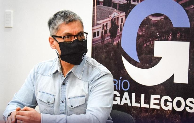Diputado por el pueblo de Río Gallegos, Eloy Echazú.