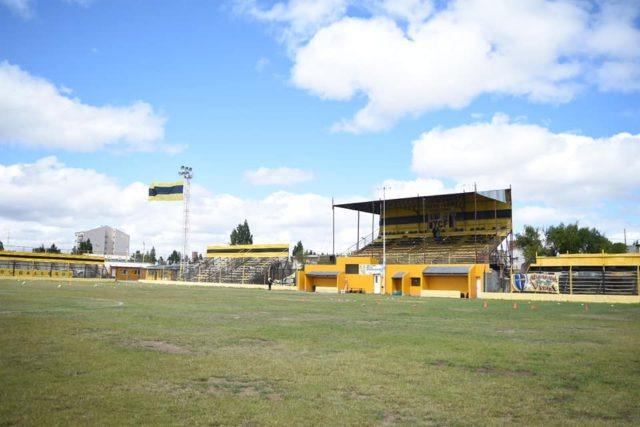 Estadio de Ferrocarril YCF.
