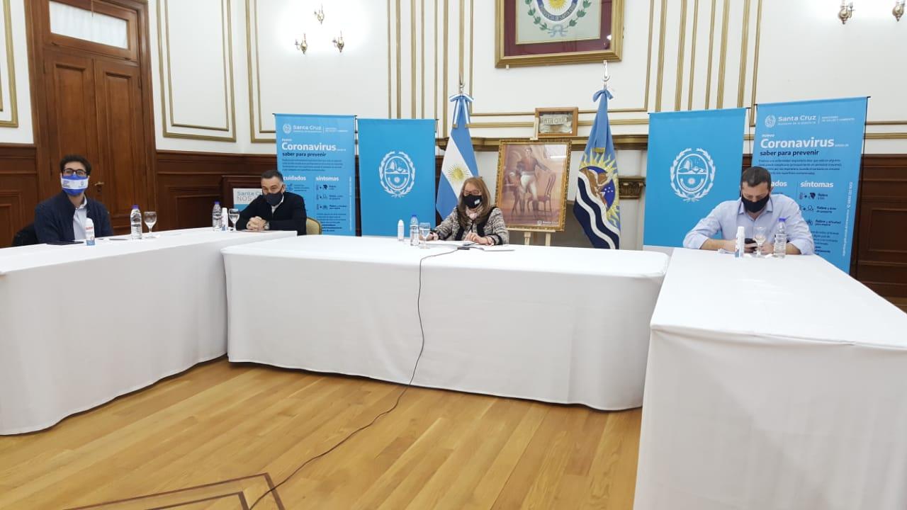 La gobernadora volvió a destacar el acuerdo para reestructurar la deuda externa. FOTO: GOBIERNO.