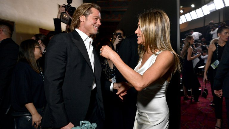 Jennifer Aniston y Brad Pitt: las fotos del reencuentro más esperado en los SAG Awards.