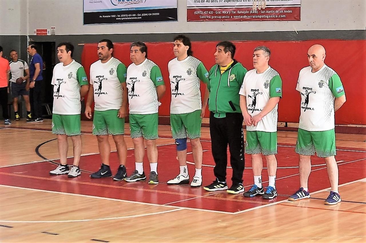 El equipo de Maxi Handball en San Martín de los Andes, dicho por propios y extraños el mejor de la categoría.
