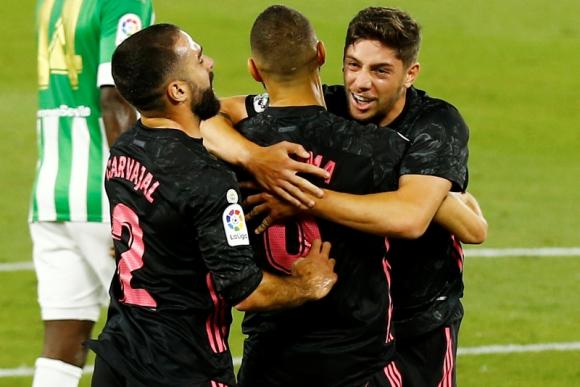 El grito de gol del uruguayo con Benzema y Carvajal.