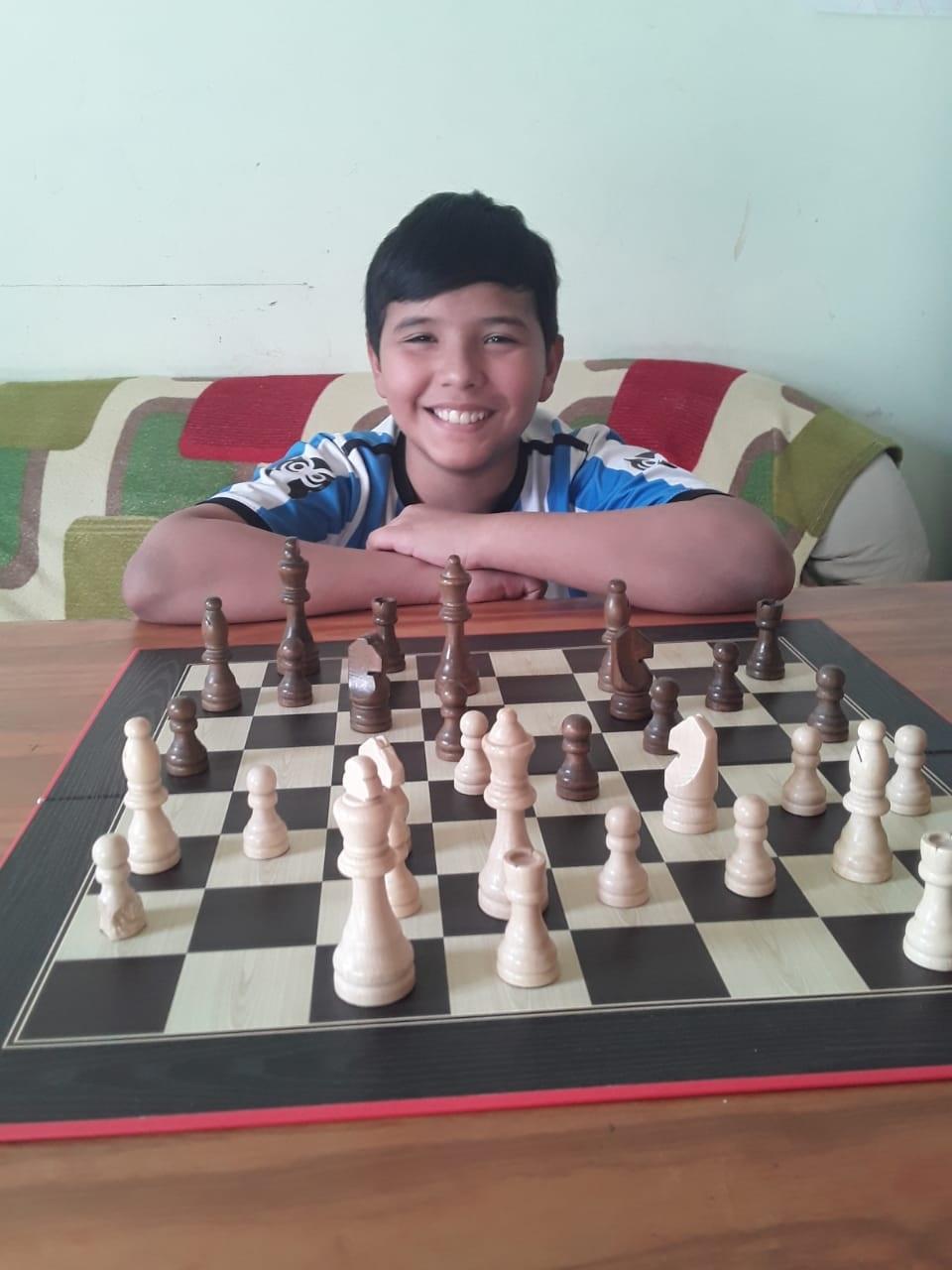 Lucas Lorenzo, uno de los rivales de Randzzo.