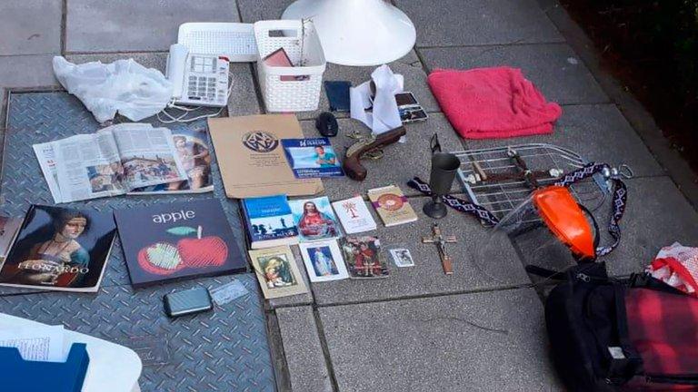 Lo que había en el interior de la mochila del asesino
