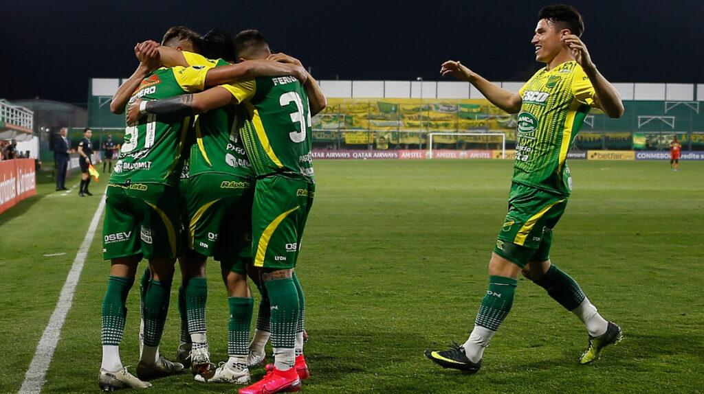 El halcón de Varela venció 3-0 a Delfín como local en la tercera fecha.
