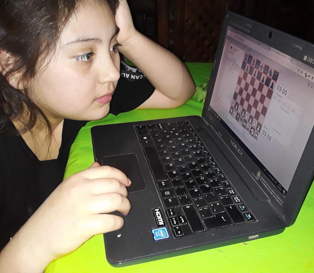 Selena Pintos. 10 años. Koluel Kaike.