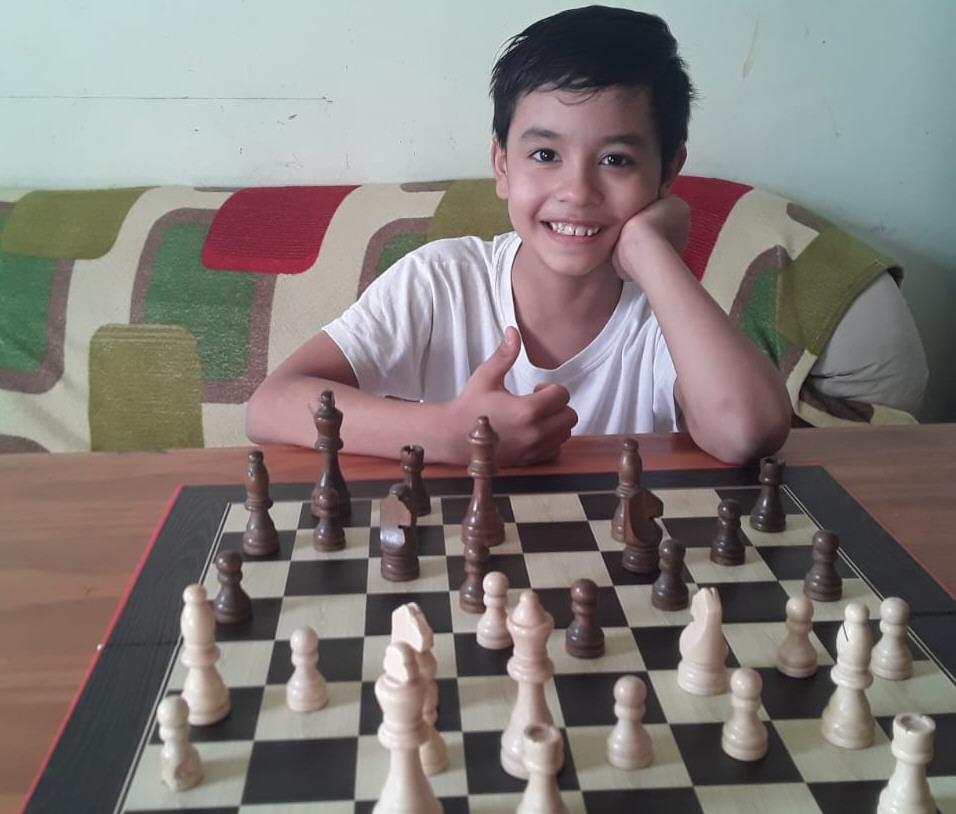 Juan Gabriel Lorenzo Reyes. 9 años. Río Gallegos.