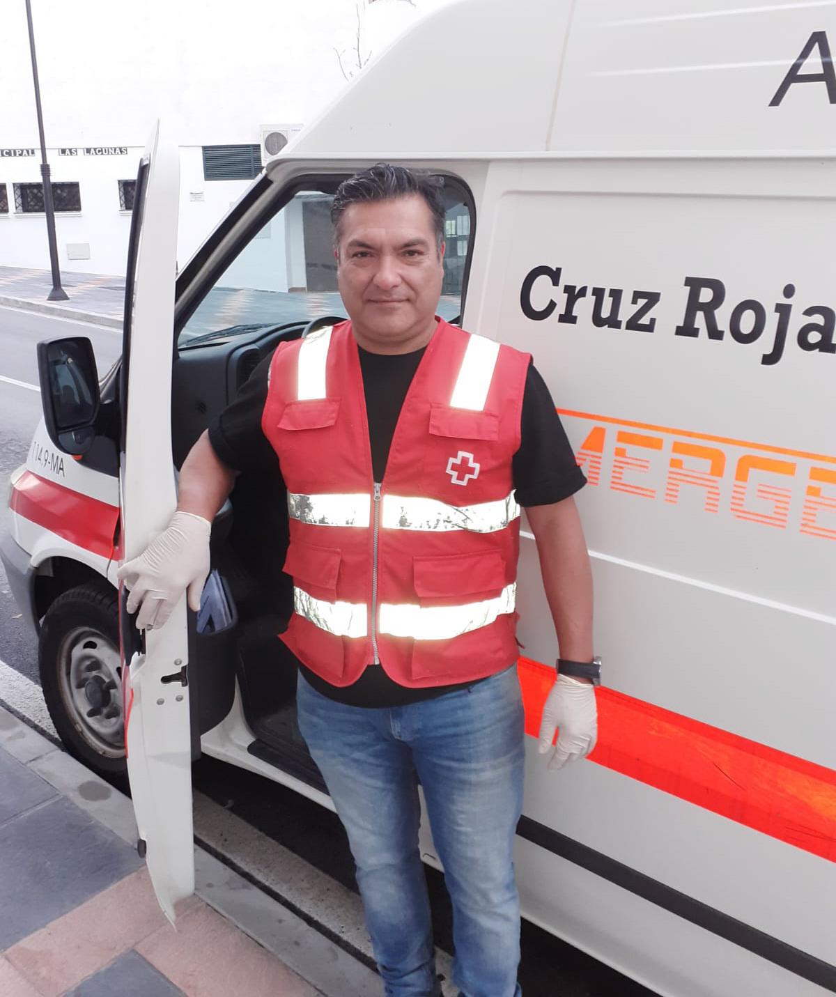 José es voluntario en la Cruz Roja de Marbella.