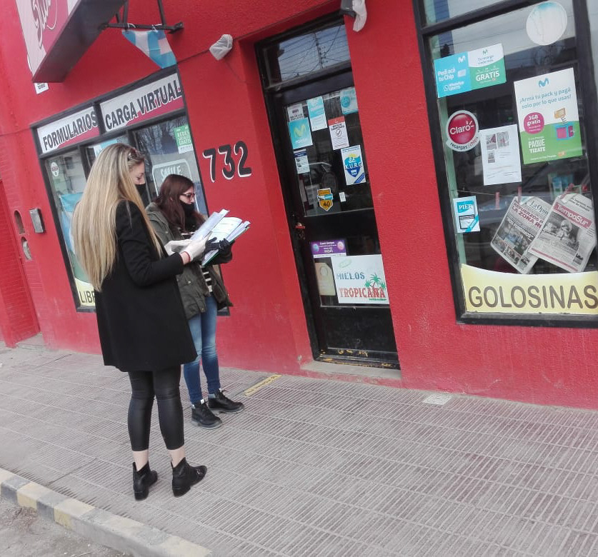 Uno de los comercios que inspeccionaron es el kiosco sobre Zapiola