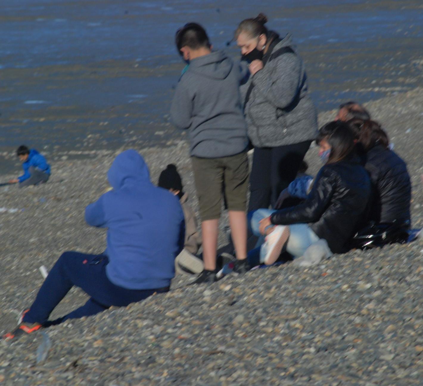 La costanera local se 'copó' de gente con los días soleados. FOTO: JOSÉ SILVA