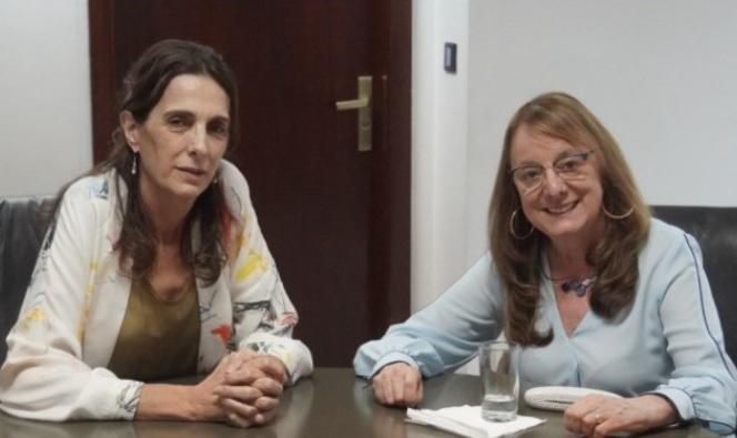 Alicia junto a la ministra Bielsa
