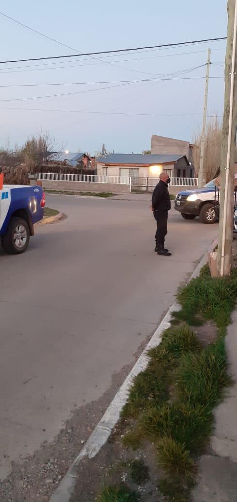La Policía buscó al legislador de Santa Cruz en su domicilio.