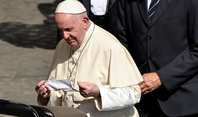 El pontífice con barbijo.