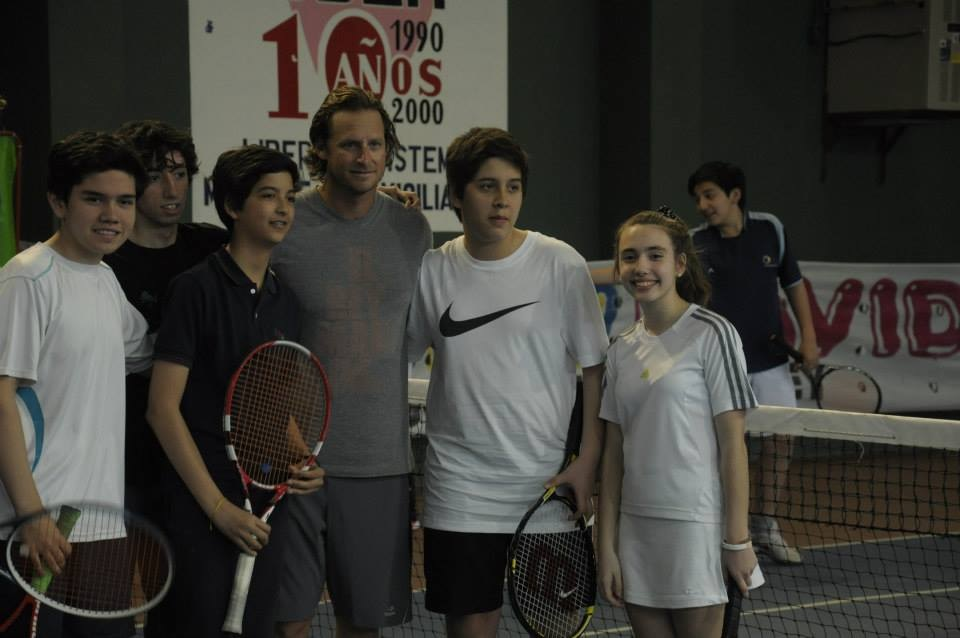David Nalbandian en la cancha del club.