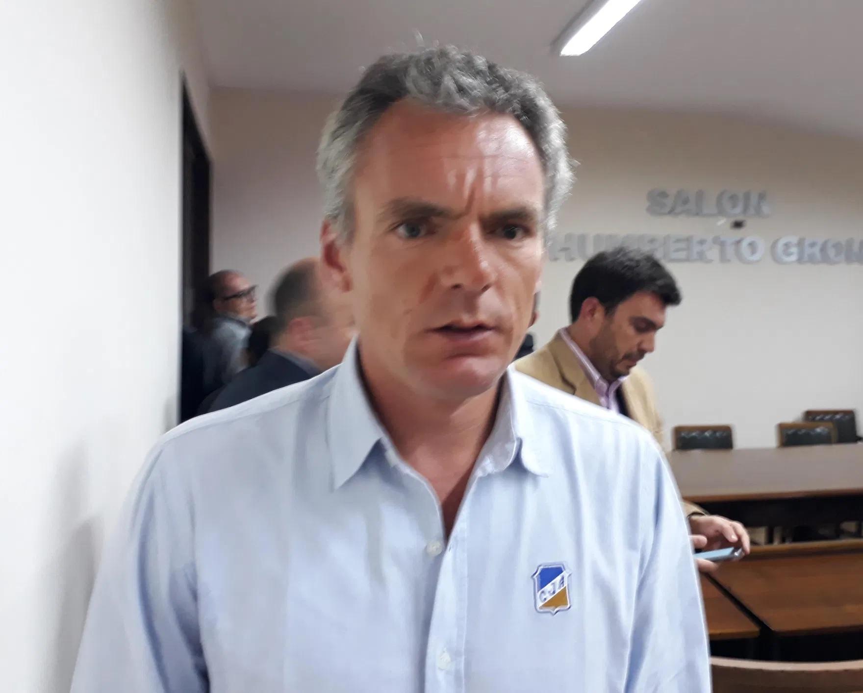 Gustavo Clix.