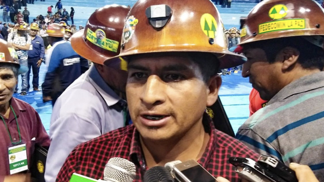 Feliciano Mamani se postula por el Partido Acción Nacional Boliviano.