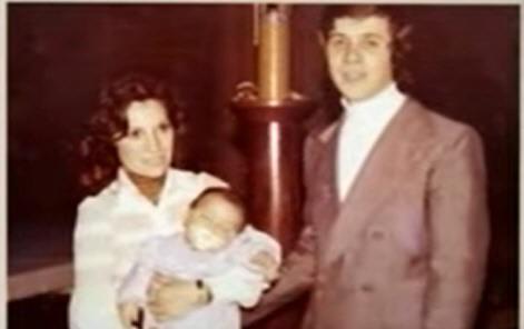 Andrés La Blunda tenía tres meses cuando secuestraron a Pedro, su papá, y a Mabel Fontana,su mamá. Hoy es titular de la Casa de Santa Cruz en la Capital Federal.