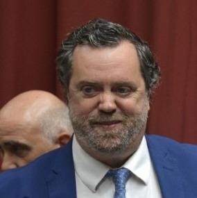 Dr. Ricardo Albornoz.