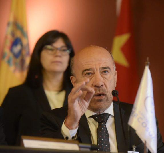 Laborde: 'Los corredores nos darán mayor integración', dijo a La Opinión.