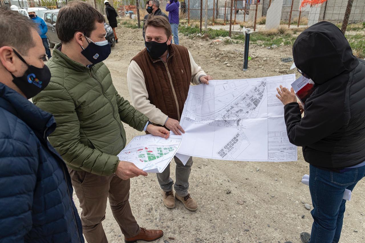 Recorrida del intendente Juan Pablo Luque por obras esenciales para vecinos de los barrios de Comodoro Rivadavia.