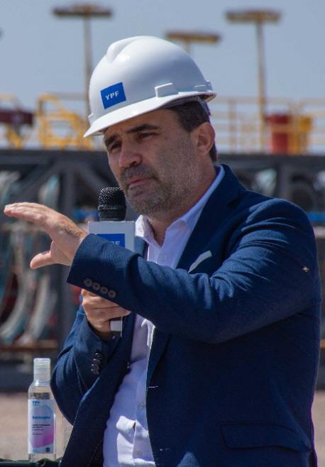 Darío Martínez.