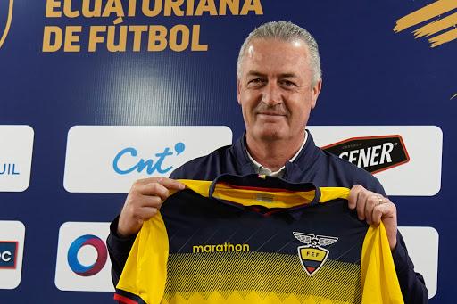 Gustavo Alfaro el día de la asunción como entrenador de Ecuador.