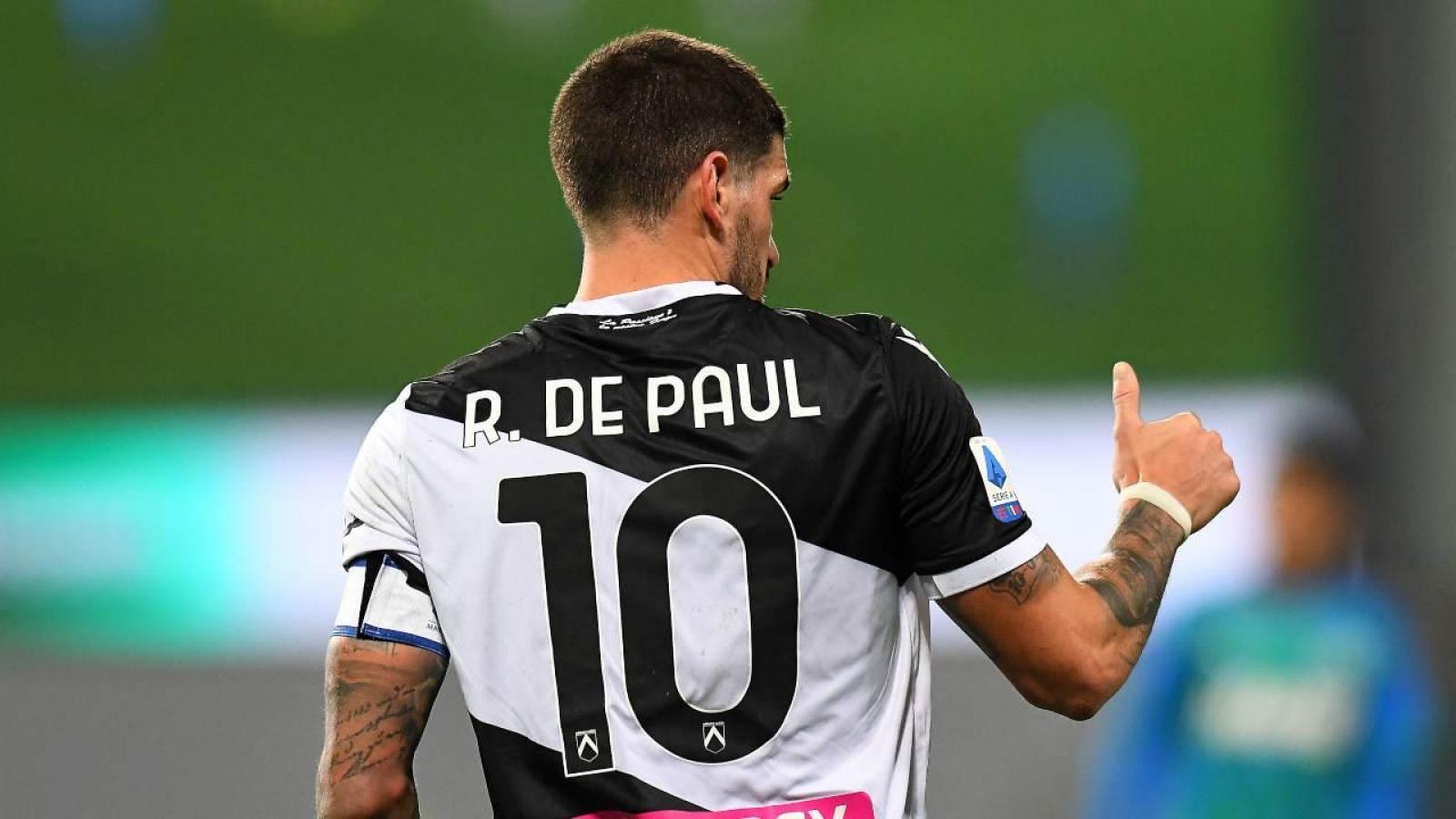 Con la 10 y la cinta, Rodrigo de Paul se cargó el equipo al hombro.