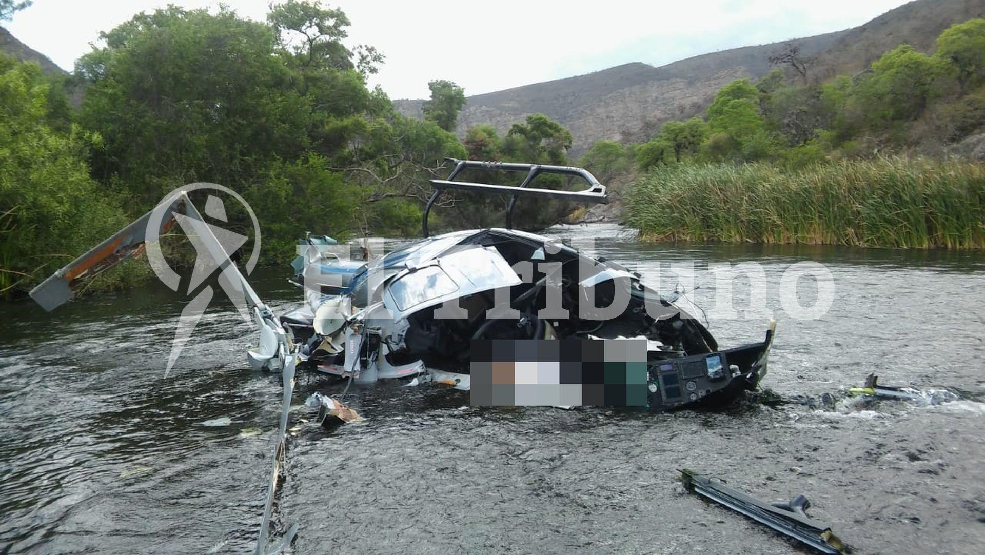 Así quedó el helicóptero tras el trágico accidente. FOTO: EL TRIBUNO