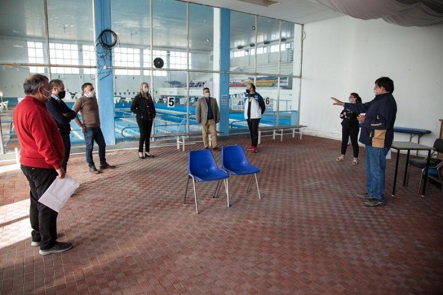 Álvarez, Weinzettel y López visitaron las instalaciones de los clubes Hispano Americano y Bancruz.