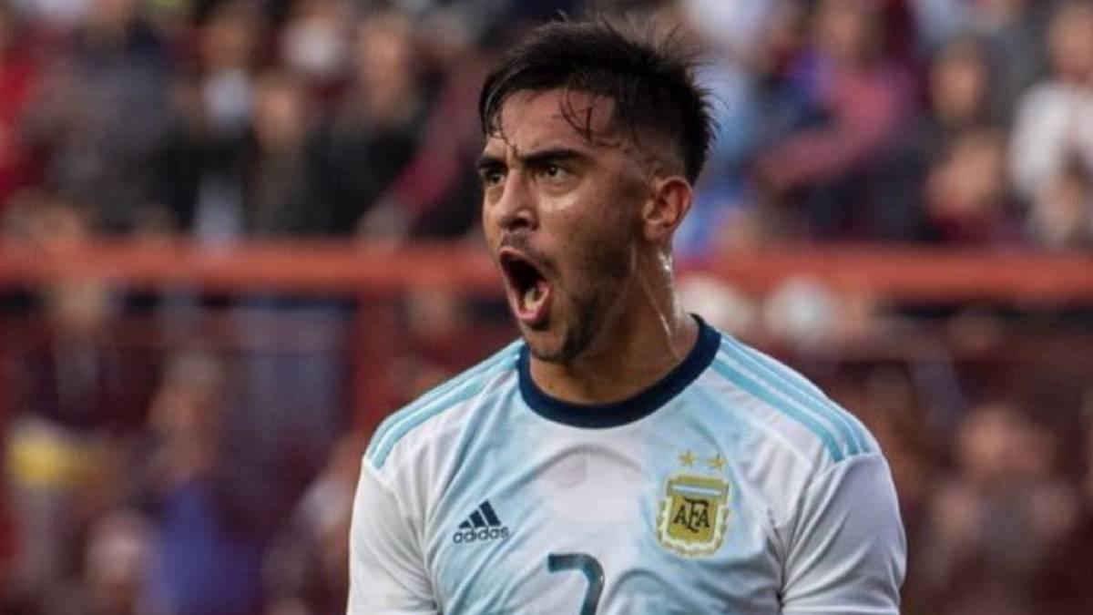 Nicolás González, con la camiseta de la Selección Argentina.