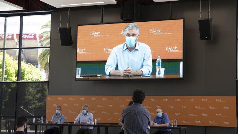 Fernando Polack encabezó la conferencia de prensa.