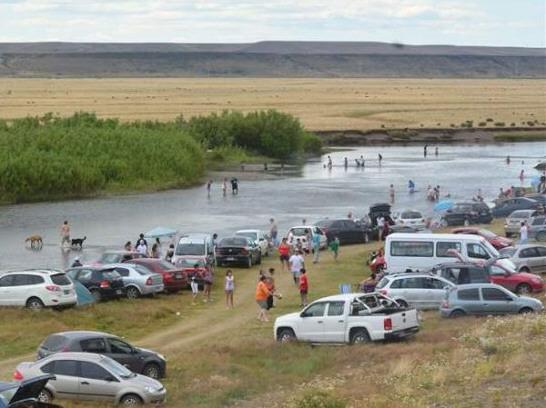 Quienes desean disfrutar las salidas de esparcimiento en Río Gallegos deben sacar los permisos en circulacion.santacruz.gob.ar.