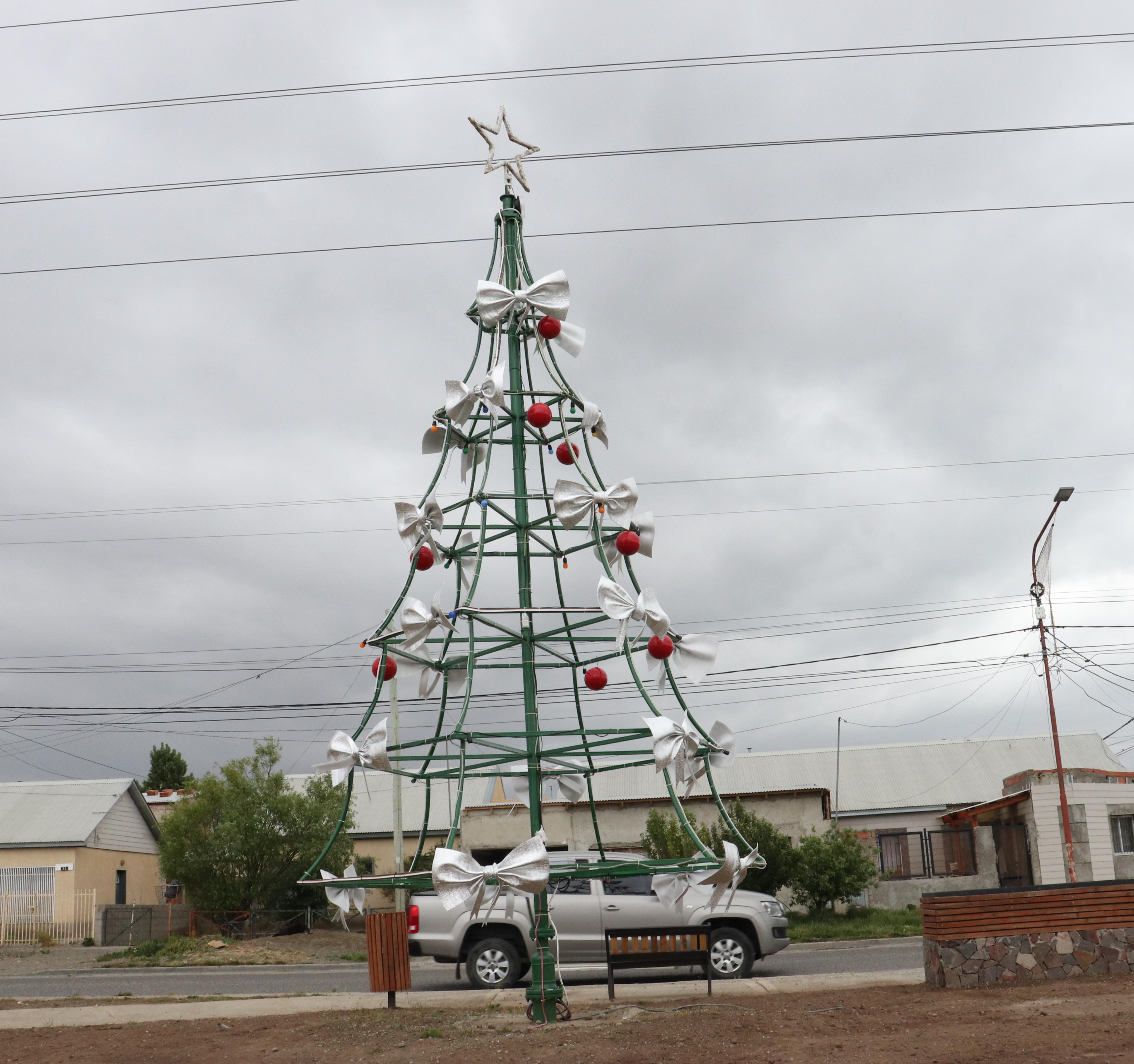 Enrique Mancilla trabajó en el árbol del Natividad.